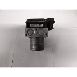 ABS hydraulipumppu